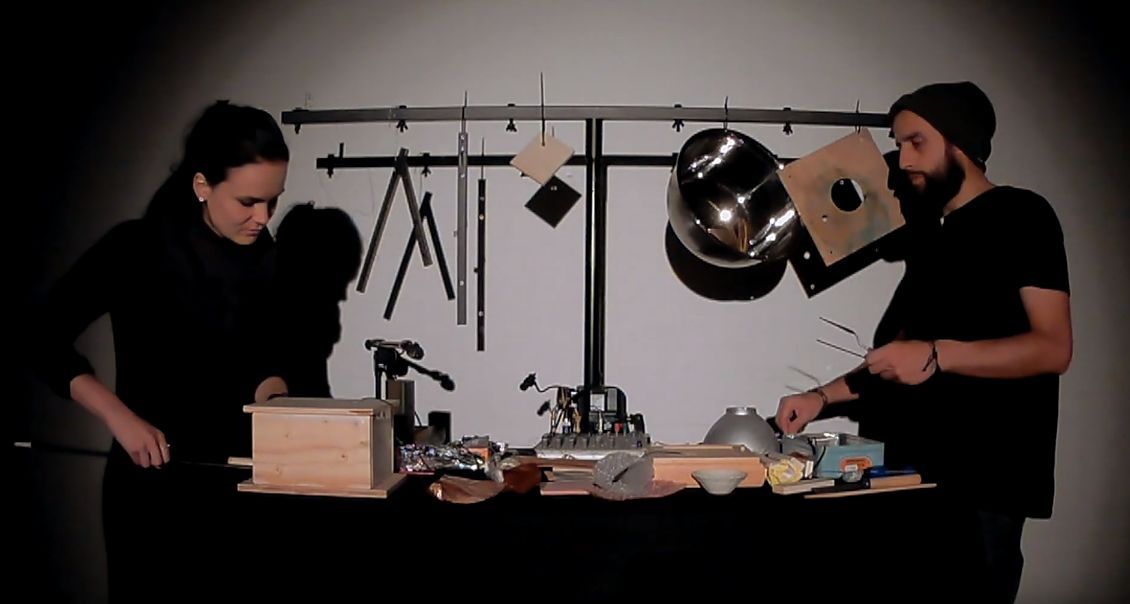 D I N G E N   |    improvised electroacoustic performance